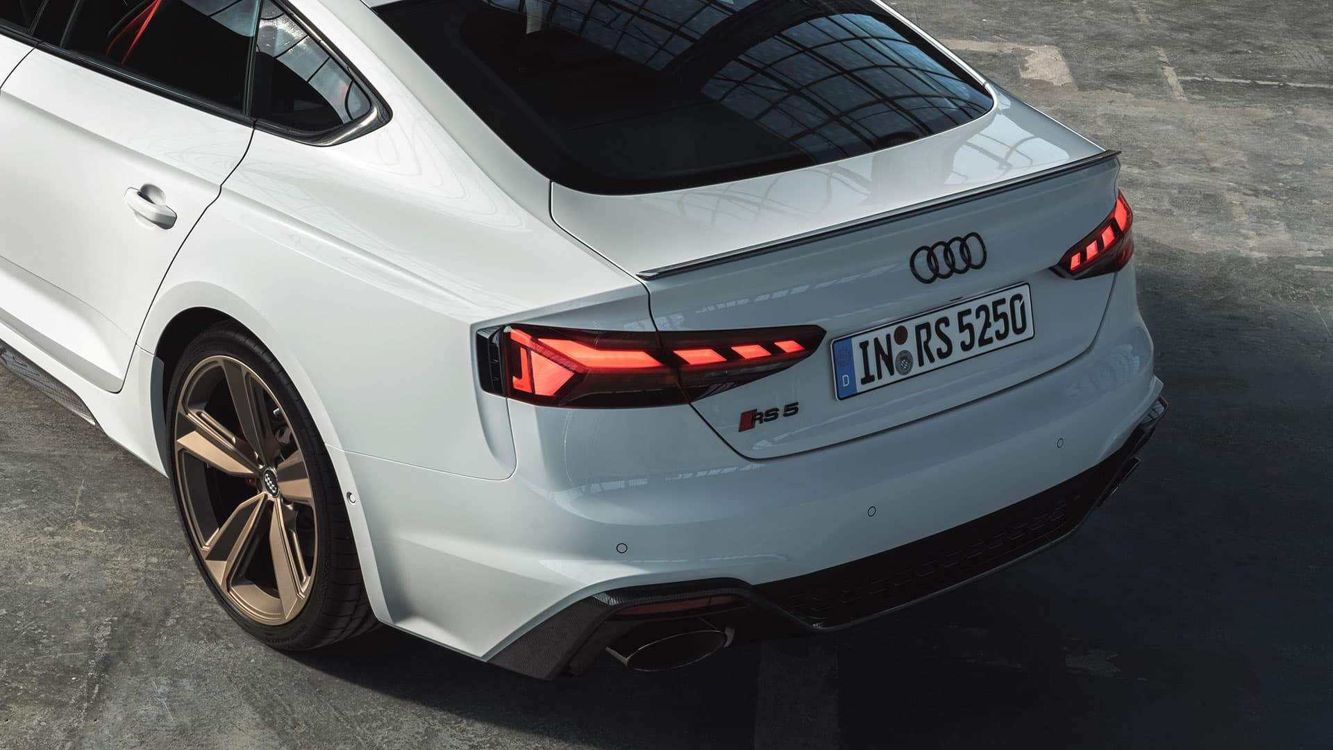 Rear view Audi RS 5 Sportback